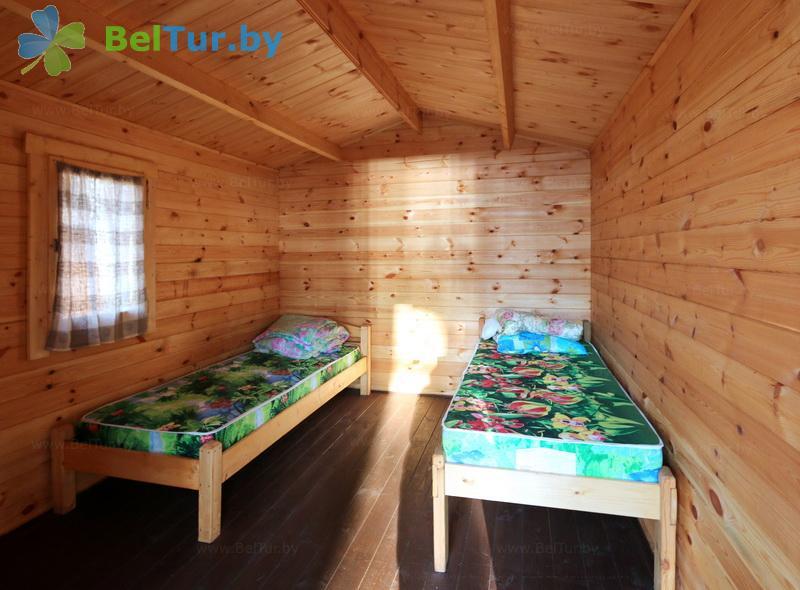 Отдых в Белоруссии Беларуси - кемпинг Клевое место - двухместный (не отапливаемый домик №9-19)