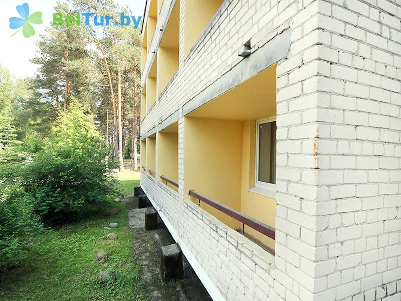 Отдых в Белоруссии Беларуси - база отдыха Белое озеро - спальный корпус №2