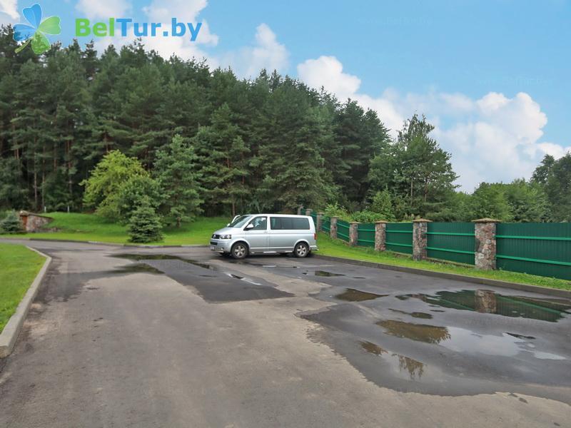 Отдых в Белоруссии Беларуси - база отдыха Слободка - Автостоянка