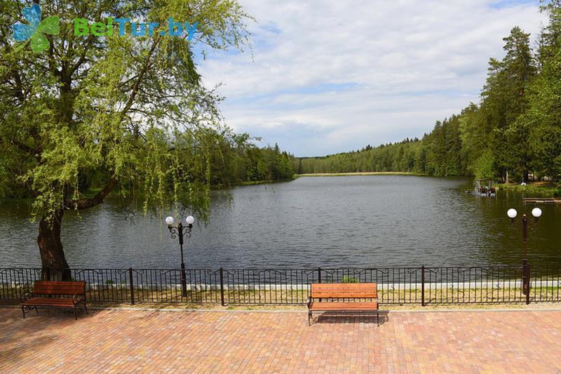 Отдых в Белоруссии Беларуси - туристический комплекс Хатки - Водоём