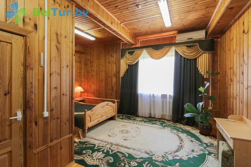 Отдых в Белоруссии Беларуси - туристический комплекс Дорошевичи - двухместный двухкомнатный люкс (коттедж №3)
