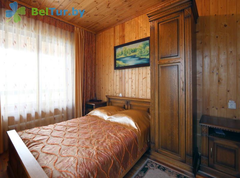 Отдых в Белоруссии Беларуси - дом охотника Выгоновский - двухместный однокомнатный полулюкс (дом охотника)