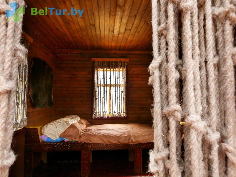 Отдых в Белоруссии Беларуси - дом охотника Выгоновский - двухместный (летние домики № 1, 2, 3)