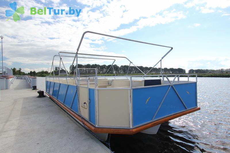 Rest in Belarus - hunter's house Vygonovsky - Motor ship