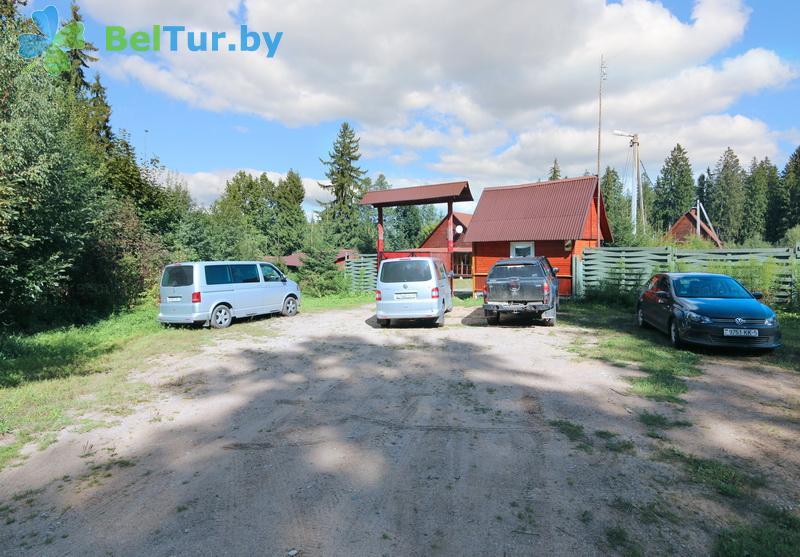 Отдых в Белоруссии Беларуси - дом охотника Ковальцы - Парковка