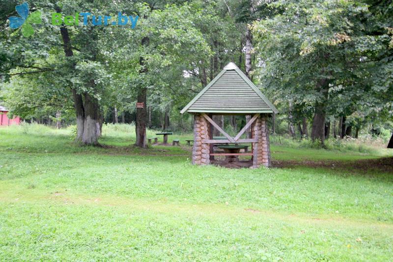 Отдых в Белоруссии Беларуси - туристический комплекс Кромань - Беседка