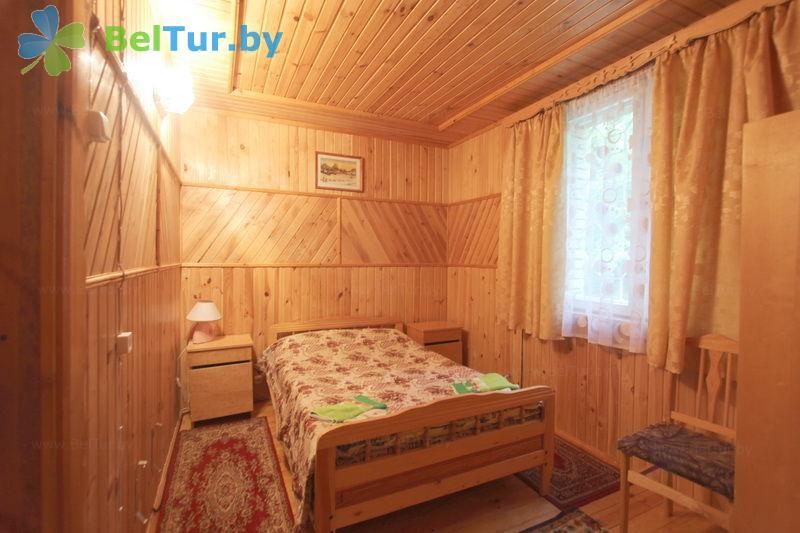 Отдых в Белоруссии Беларуси - база отдыха Актам - семиместный комфорт (домик №6)