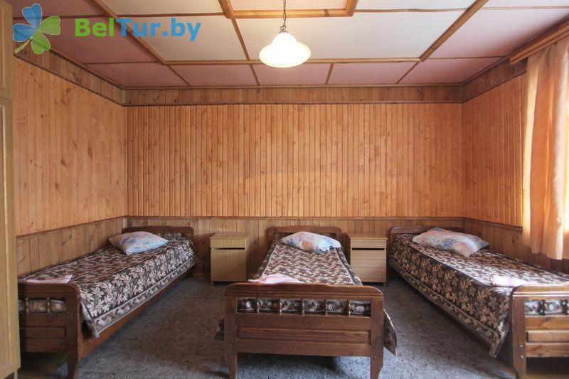 Отдых в Белоруссии Беларуси - база отдыха Актам - четырехместный однокомнатный стандарт (домики №1-3)