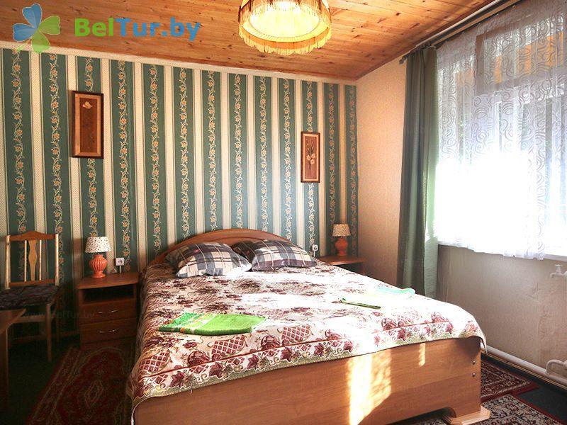 Отдых в Белоруссии Беларуси - база отдыха Актам - двухместный однокомнатный комфорт (домик №5)