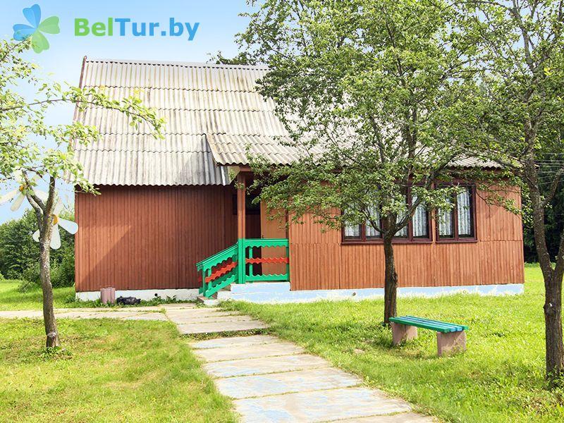 Отдых в Белоруссии Беларуси - база отдыха Актам - домик №1