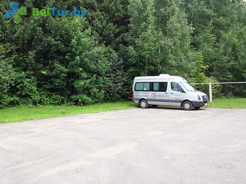 Отдых в Белоруссии Беларуси - база отдыха Актам - Парковка