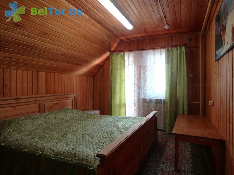 Отдых в Белоруссии Беларуси - дом охотника Ивацевичский - одноместный однокомнатный (дом охотника)