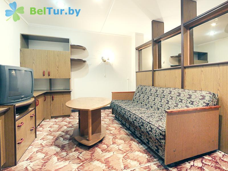 Отдых в Белоруссии Беларуси - база отдыха Белое озеро БЖД - двухместный однокомнатный студия (все корпуса)