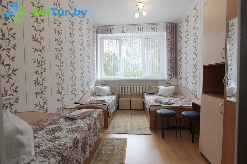 Отдых в Белоруссии Беларуси - база отдыха Березовая роща - трехместный однокомнатный (административно-спальный корпус)