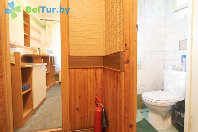 Отдых в Белоруссии Беларуси - база отдыха Лесное озеро - двухместный однокомнатный twin standard (гостевой домик)