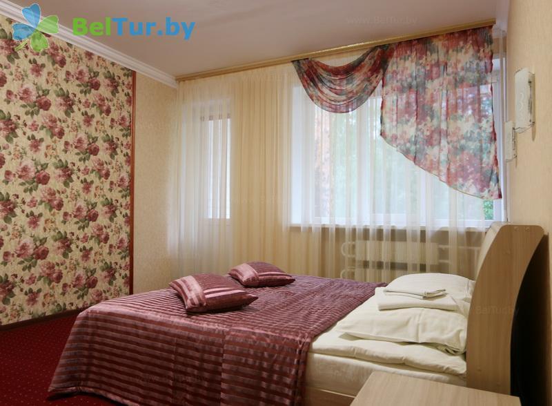 Отдых в Белоруссии Беларуси - база отдыха Лесное озеро - одноместный однокомнатный single comfort (спальный корпус №1)