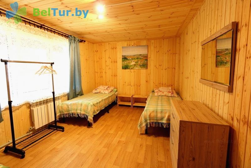 Отдых в Белоруссии Беларуси - база отдыха Девино - трехместный однокомнатный (домики №1-2 cтандарт)