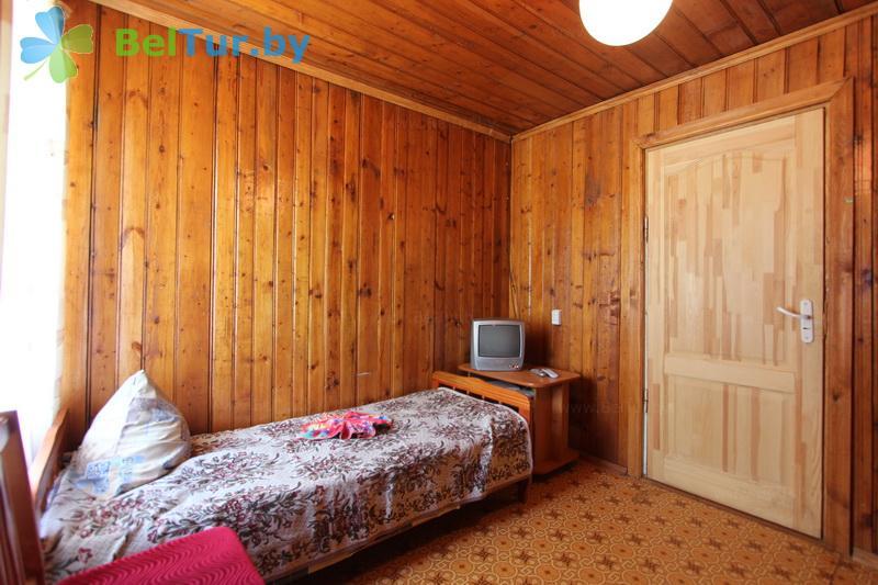 Отдых в Белоруссии Беларуси - туристический комплекс Браславские озера - двухместный в блоке (1 категория) (каскадный летний домик / с гор. водой)