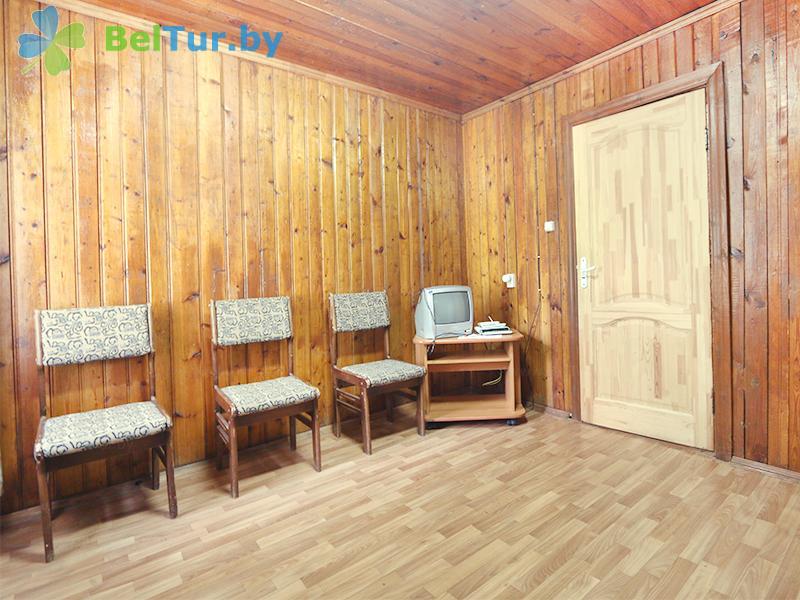 Отдых в Белоруссии Беларуси - туристический комплекс Браславские озера - трехместный в блоке (2 категория) (каскадный летний домик / с хол. водой)