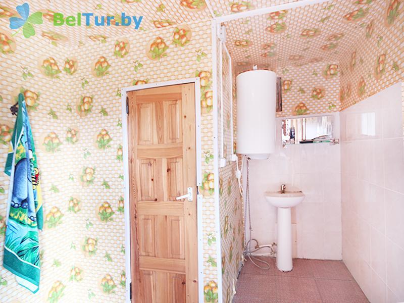 Отдых в Белоруссии Беларуси - туристический комплекс Браславские озера - трехместный двухкомнатный (1 категория) (деревенский домик)