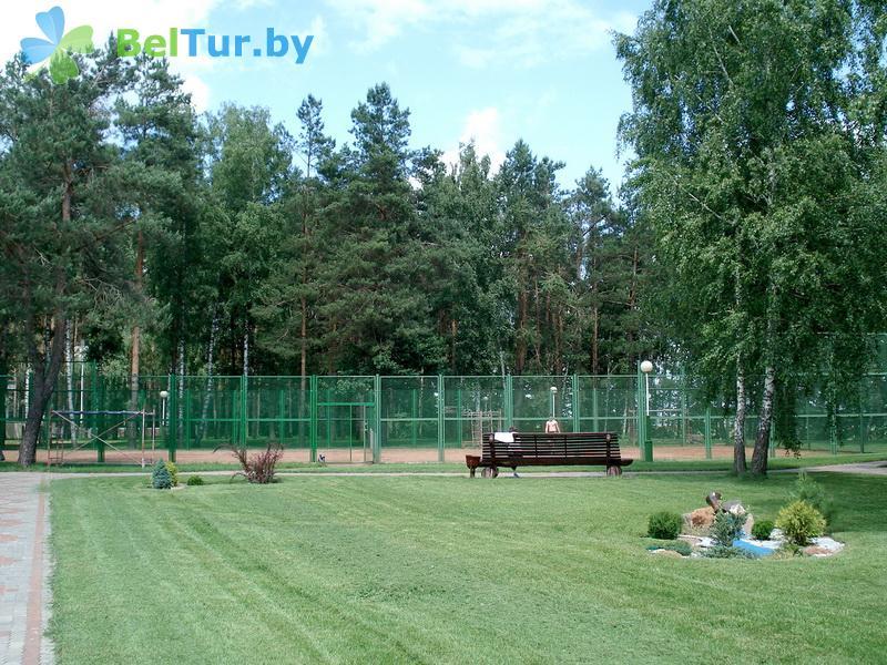 Отдых в Белоруссии Беларуси - база отдыха Милоград - Теннисный корт