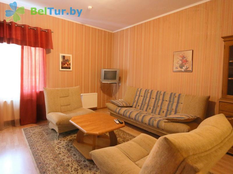 Отдых в Белоруссии Беларуси - база отдыха Без проблем - двухместный двухкомнатный люкс (корпус №1)