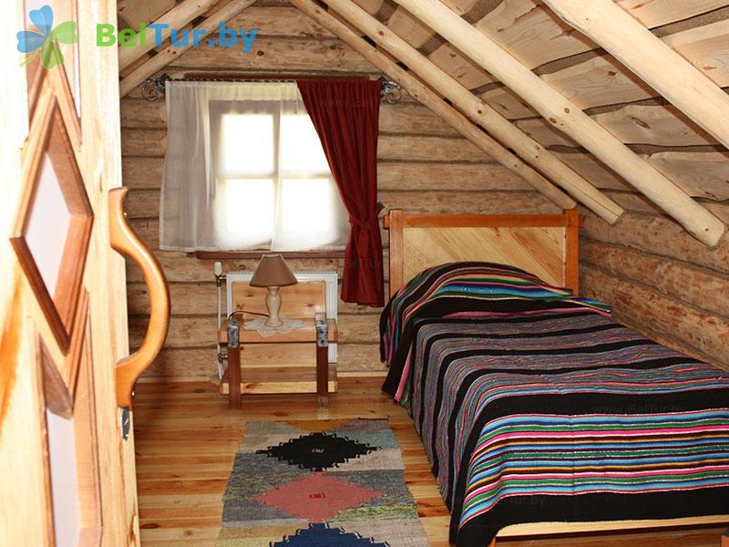 Отдых в Белоруссии Беларуси - туристический комплекс Рыньковка - пятиместный четырехкомнатный (гостевой дом №3)