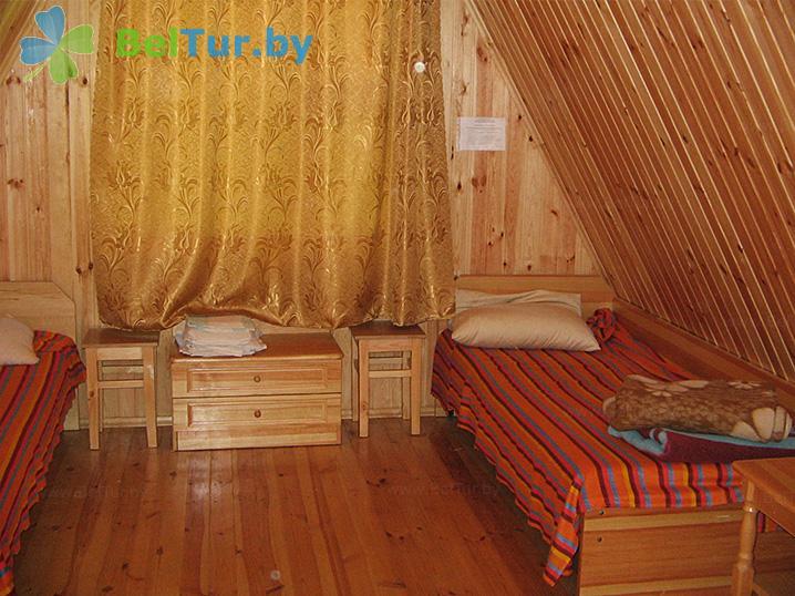 Отдых в Белоруссии Беларуси - база отдыха Вяча - трехместный однокомнатный (летние домики)