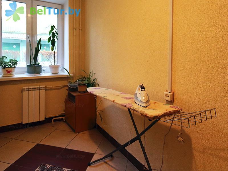 Отдых в Белоруссии Беларуси - база отдыха Дружба - Гладильная комната