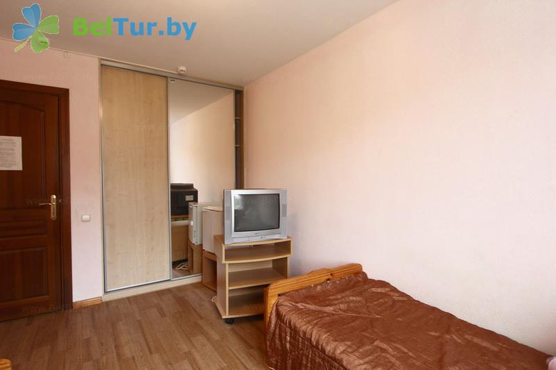 Отдых в Белоруссии Беларуси - база отдыха Дружба - двухместный однокомнатный эконом в блоке (спальный корпус №1)