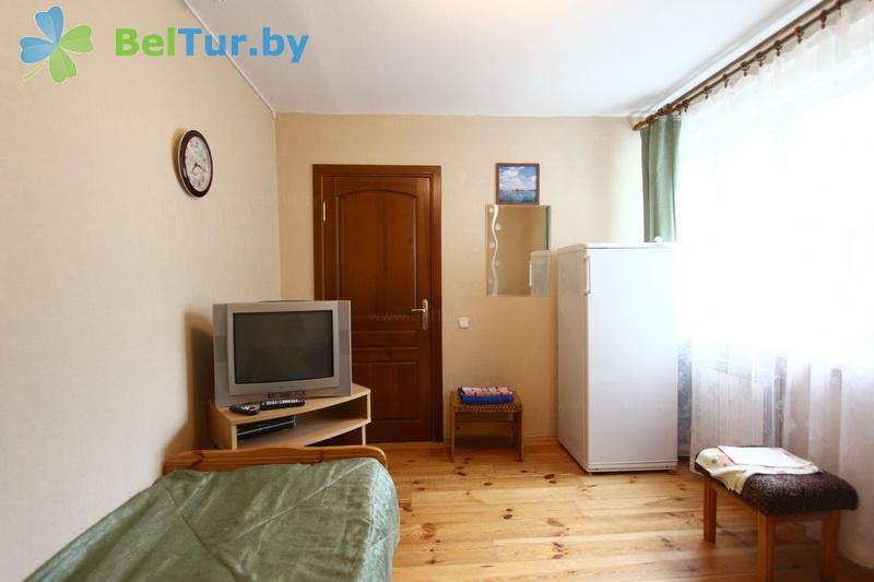 Отдых в Белоруссии Беларуси - база отдыха Дружба - одноместный однокомнатный люкс престиж (спальный корпус №1)