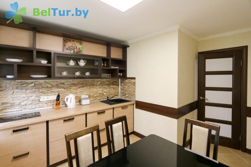 Отдых в Белоруссии Беларуси - оздоровительный центр Алеся - двухместные трехкомнатные апартаменты (корпус №4)