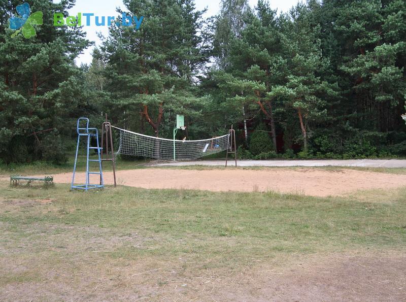 Отдых в Белоруссии Беларуси - туристический комплекс Высокий берег - Спортплощадка