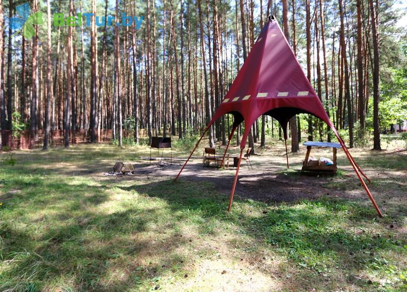 Отдых в Белоруссии Беларуси - туристический комплекс Высокий берег - Площадка для шашлыков