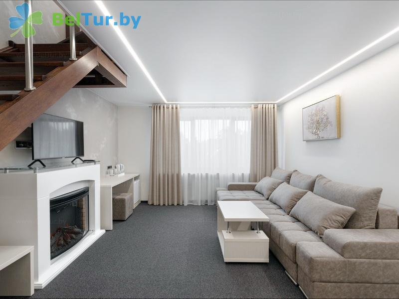 Отдых в Белоруссии Беларуси - республиканский горнолыжный центр Силичи - двухместный двухкомнатный family suite (двухуровневый) (гостиница)