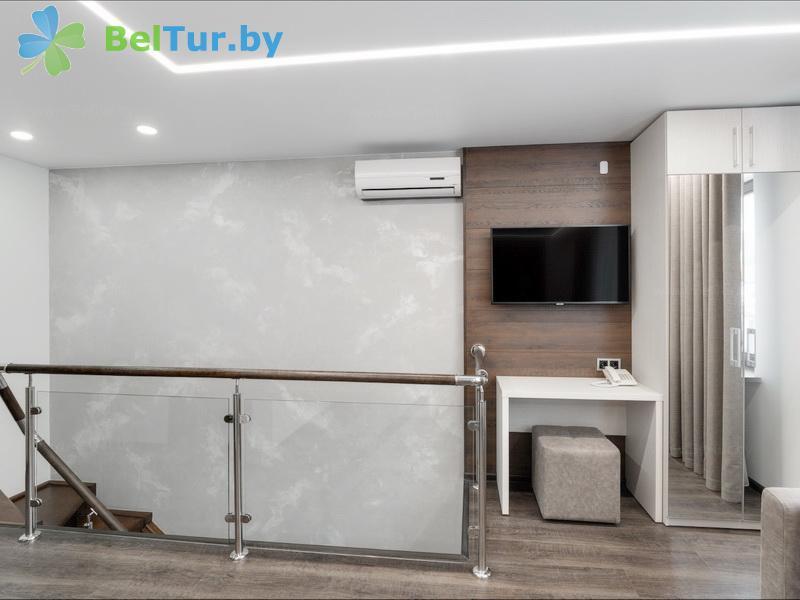 Отдых в Белоруссии Беларуси - республиканский горнолыжный центр Силичи - двухместный двухкомнатный suite (двухуровневый) (гостиница)