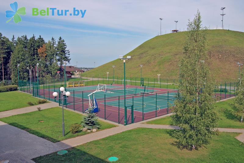 Отдых в Белоруссии Беларуси - республиканский горнолыжный центр Силичи - Спортплощадка