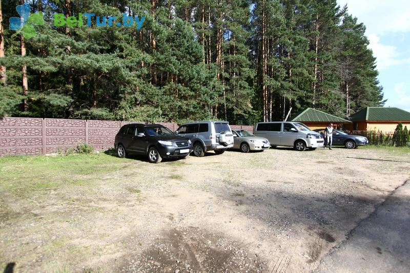 Адпачынак у Беларусі - турыстычны комплекс Прырода-Люкс - Паркоўка