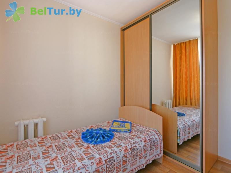 Отдых в Белоруссии Беларуси - оздоровительный комплекс Лес - одноместный однокомнатный в блоке (главный корпус)