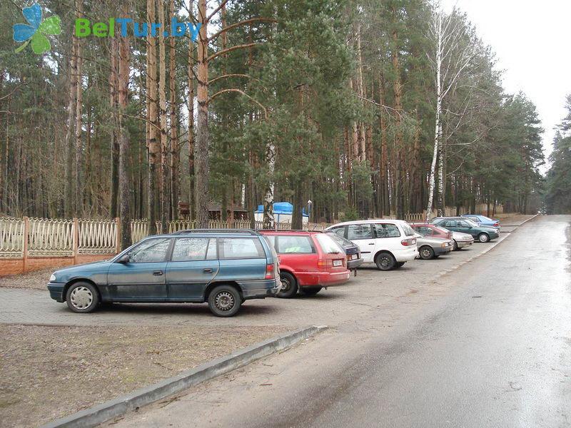 Адпачынак у Беларусі - аздараўленчы комплекс Лес - Паркоўка