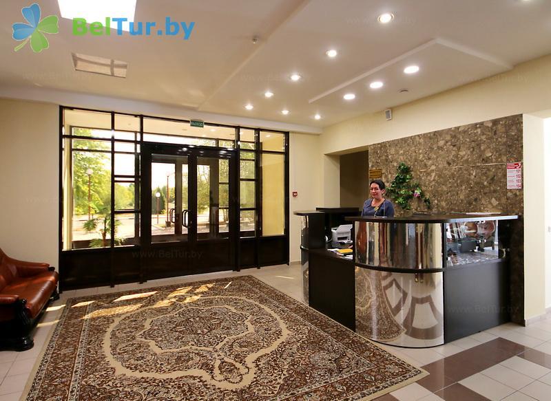 Отдых в Белоруссии Беларуси - гостиничный комплекс Сергуч - Регистратура