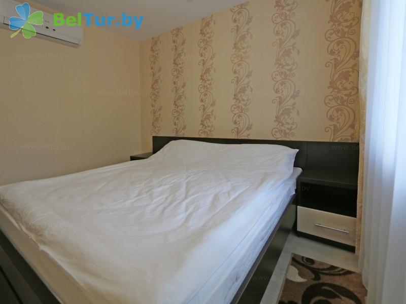 Отдых в Белоруссии Беларуси - гостиничный комплекс Сергуч - двухместный двухкомнатный (для людей с ограниченными возможностями) (гостиница)