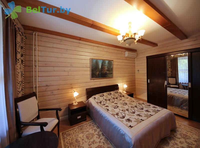 Отдых в Белоруссии Беларуси - гостиничный комплекс Плавно - четырехместный трехкомнатный (гостиница)