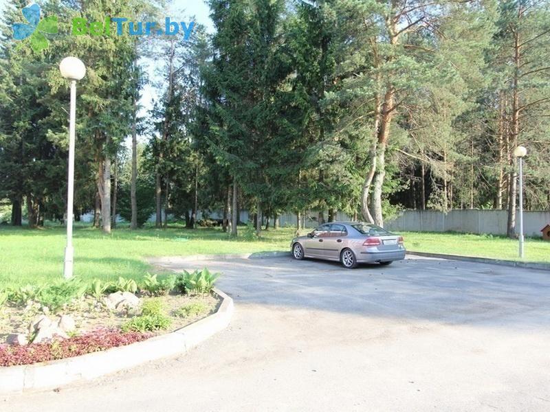 Отдых в Белоруссии Беларуси - база отдыха Добромысли - Парковка