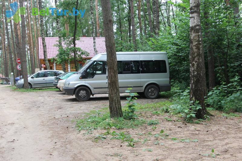 Отдых в Белоруссии Беларуси - пансионат ЛОДЭ - Парковка