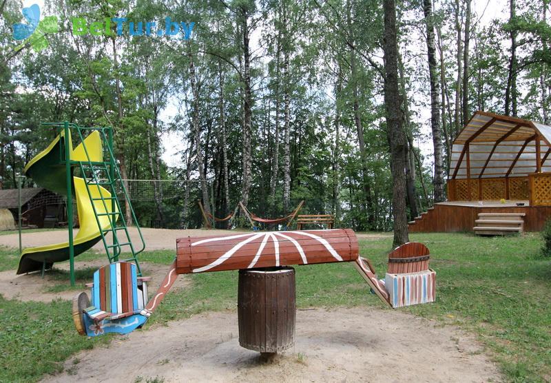 Отдых в Белоруссии Беларуси - пансионат ЛОДЭ - Детская площадка