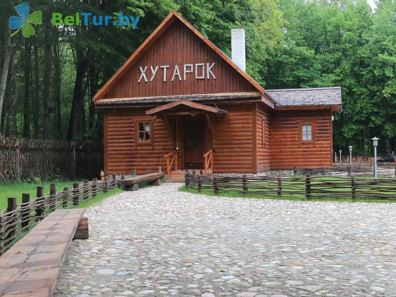 Отдых в Белоруссии Беларуси - дом охотника Переров - кафе Хуторок