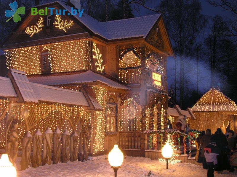 Отдых в Белоруссии Беларуси - гостиничный комплекс Каменюки - поместье Деда Мороза