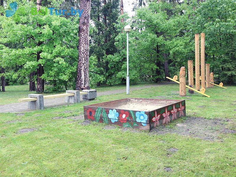 Отдых в Белоруссии Беларуси - гостиничный комплекс Каменюки - Детская площадка