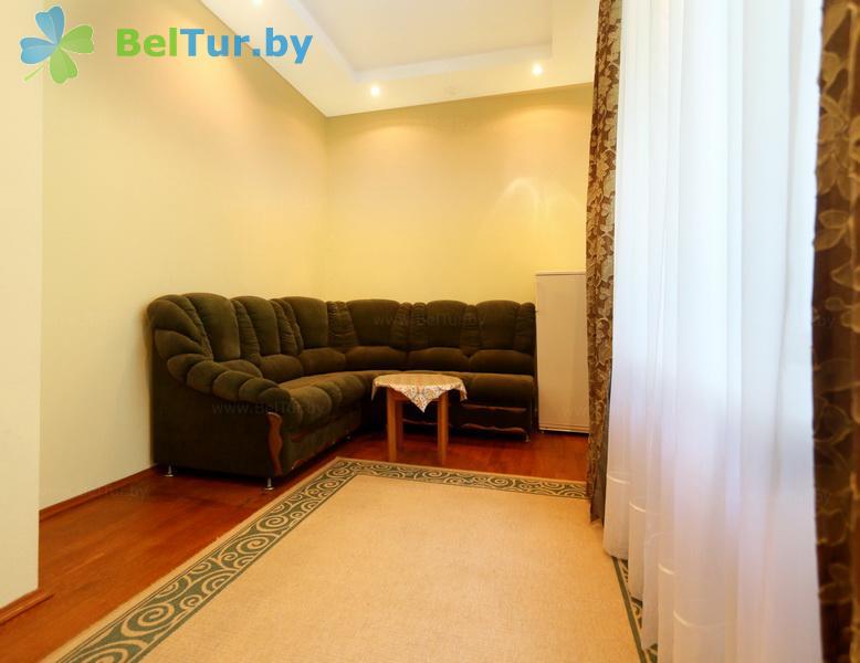 Отдых в Белоруссии Беларуси - гостиничный комплекс Каменюки - одноместный двухкомнатный люкс (корпуса №1, 3)